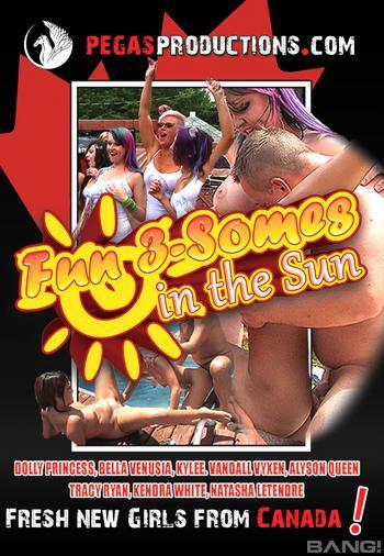 Fun Threesomes In The Sun