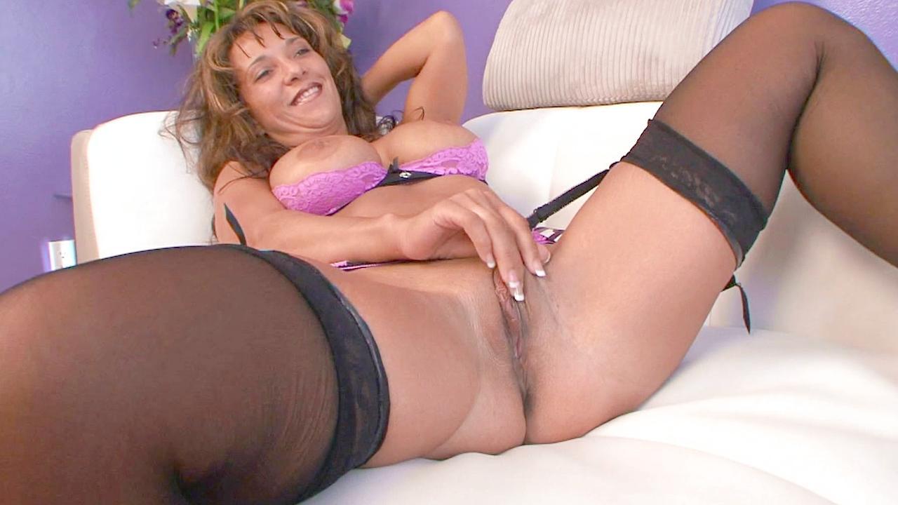 Aleana Koxx Porn aleana koxxx is a big butt cougar   bang