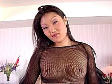 Asian Babe Lucy Lee shows her body